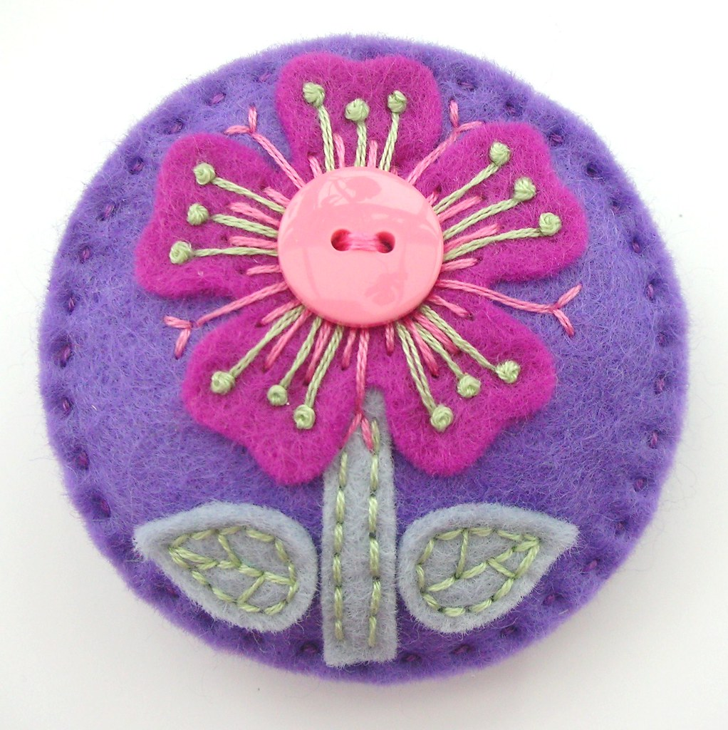 Felt flower brooch with button detail jane flickr for Diy felt flower mobile
