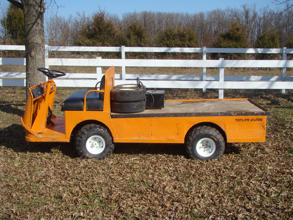 Taylor Dunn Electric Utility Cart W Extra Tires And Charg