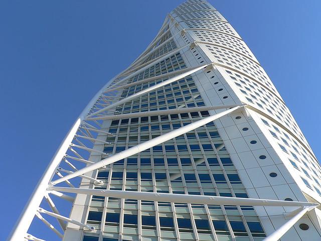 Calatrava s turning torso ciudad malm sweden sweden for Richard meier opere