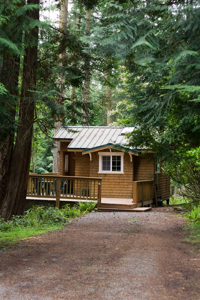 "Lopez ""Cozy Cabin"" 