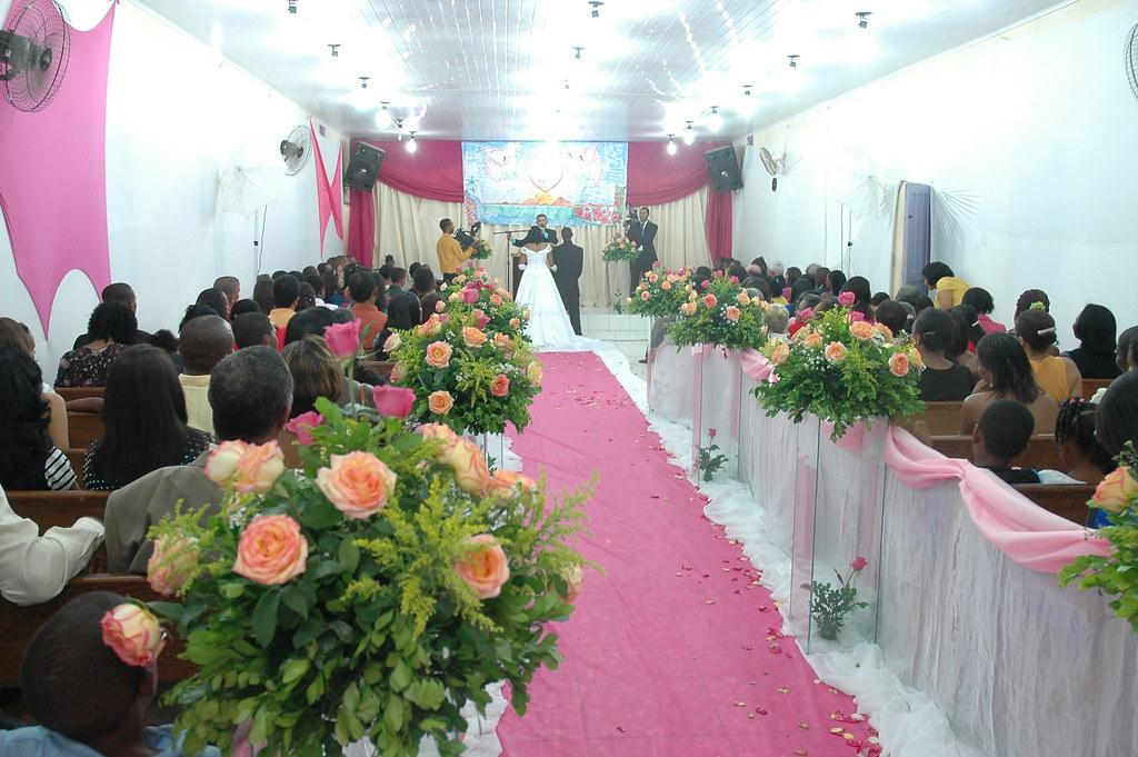 Casamento na Igreja EVangelica  Itinga  Decoração da Igrej