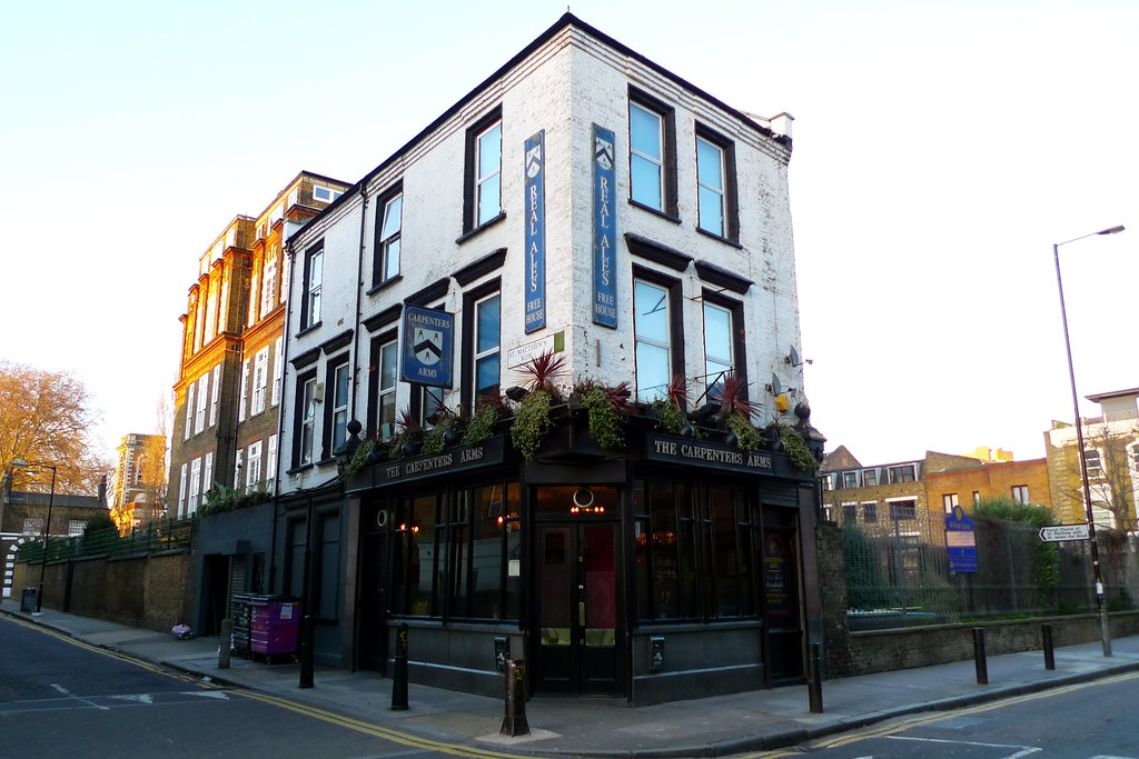 carpenters 39 arms bethnal green e2 lovely pub recently. Black Bedroom Furniture Sets. Home Design Ideas