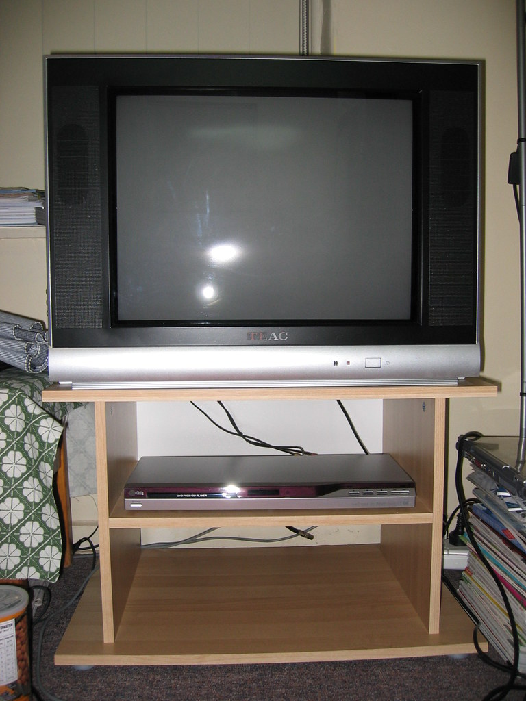 Sold tv dvd stand combo 180 teac 21 flat screen tv flickr - Television but solde ...