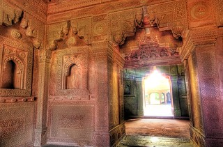 The Secret Rooms of Akbar's Palace at Fatehpur Sikri | by Stuck in Customs