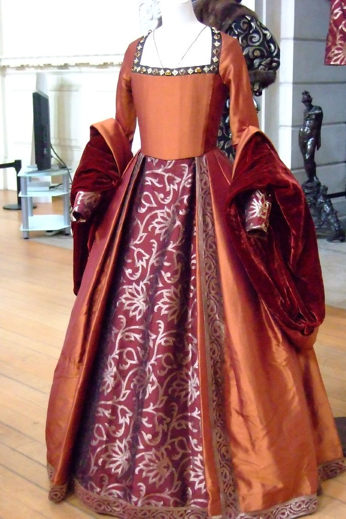 tudor style costumes from the film the other boleyn girl d