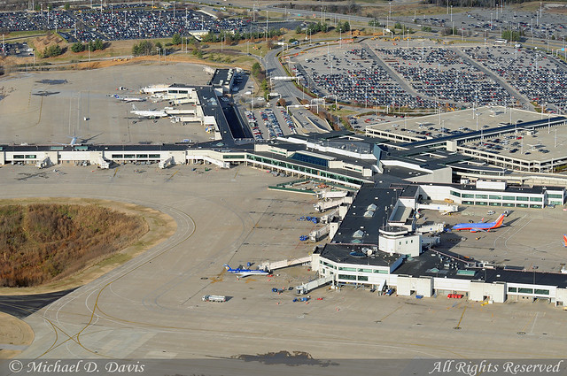 Nashville International Airport Overflying The Terminal