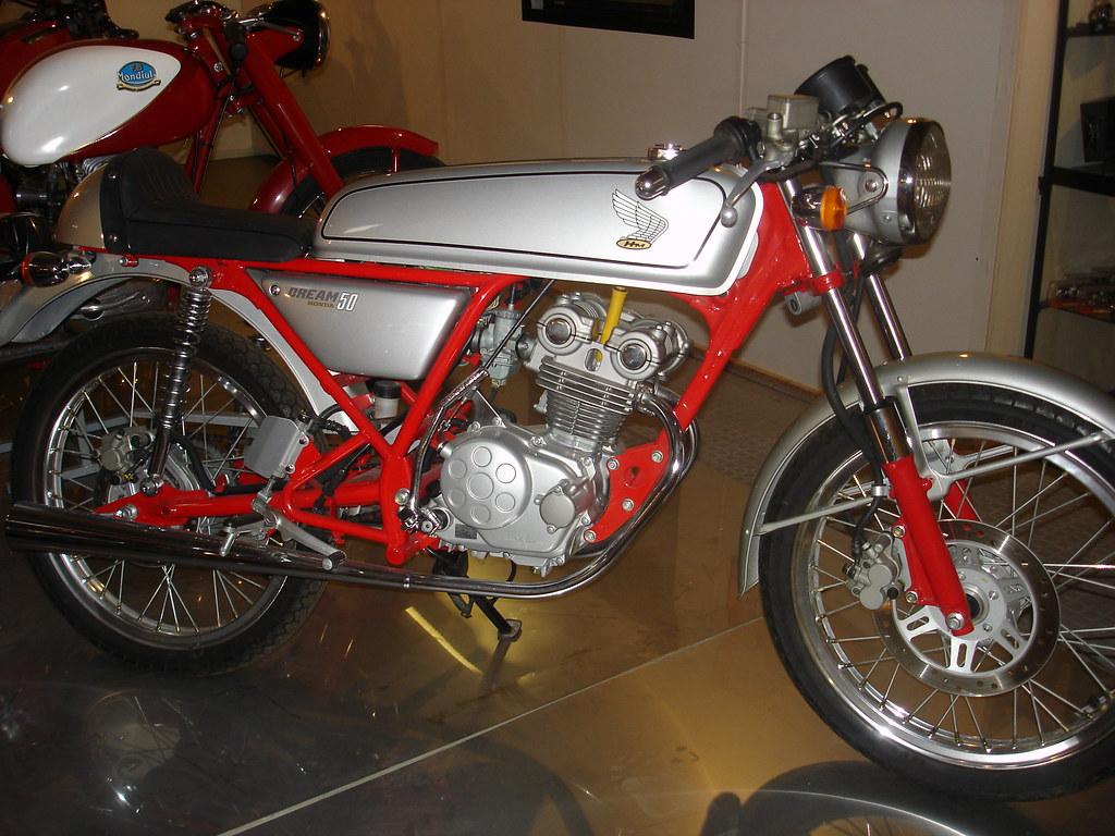 honda 50 dream 50cc dohc mus e de la moto de marseille fr flickr. Black Bedroom Furniture Sets. Home Design Ideas
