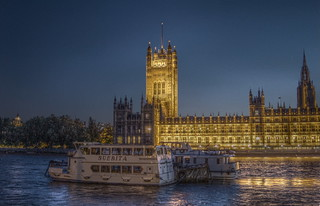 Houses of parliament at night HDR mantiuk | by bruce_bruce948