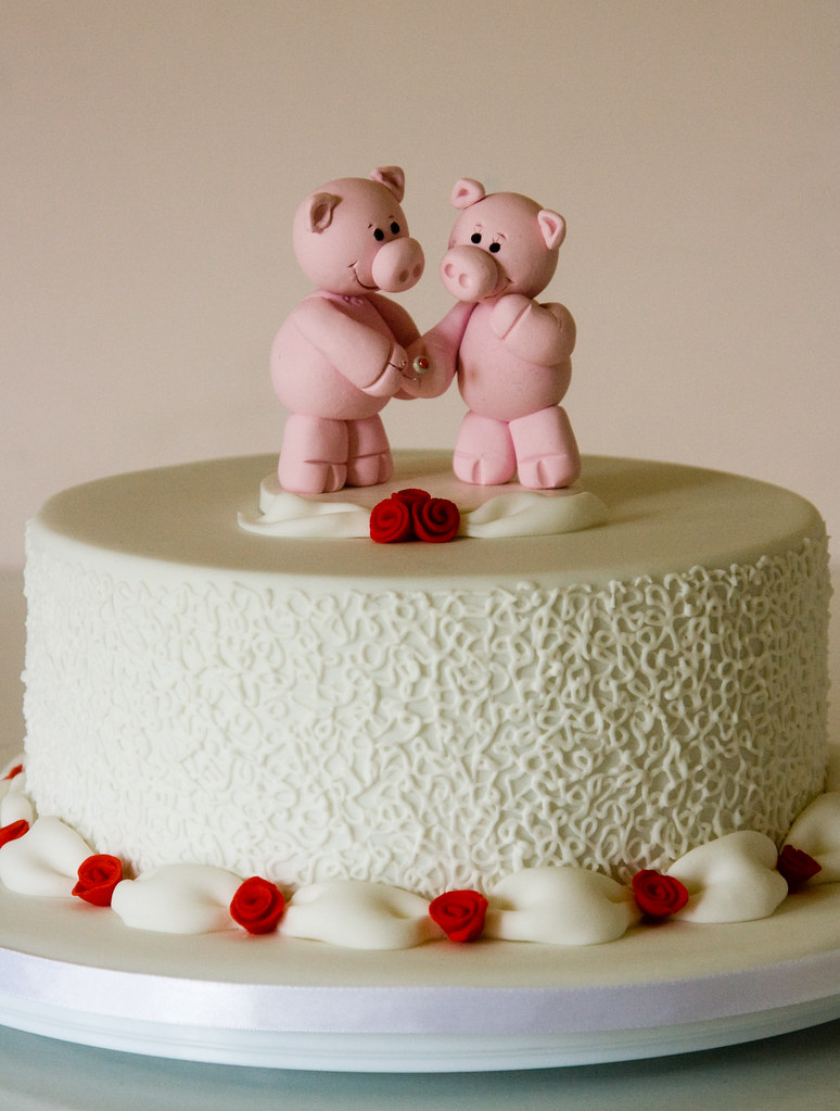 40th Wedding Anniversary Cake Pig Topper Based On