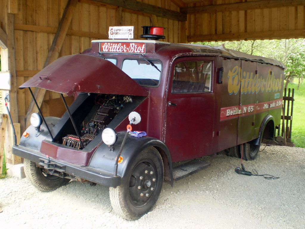 1939 electric bread delivery truck