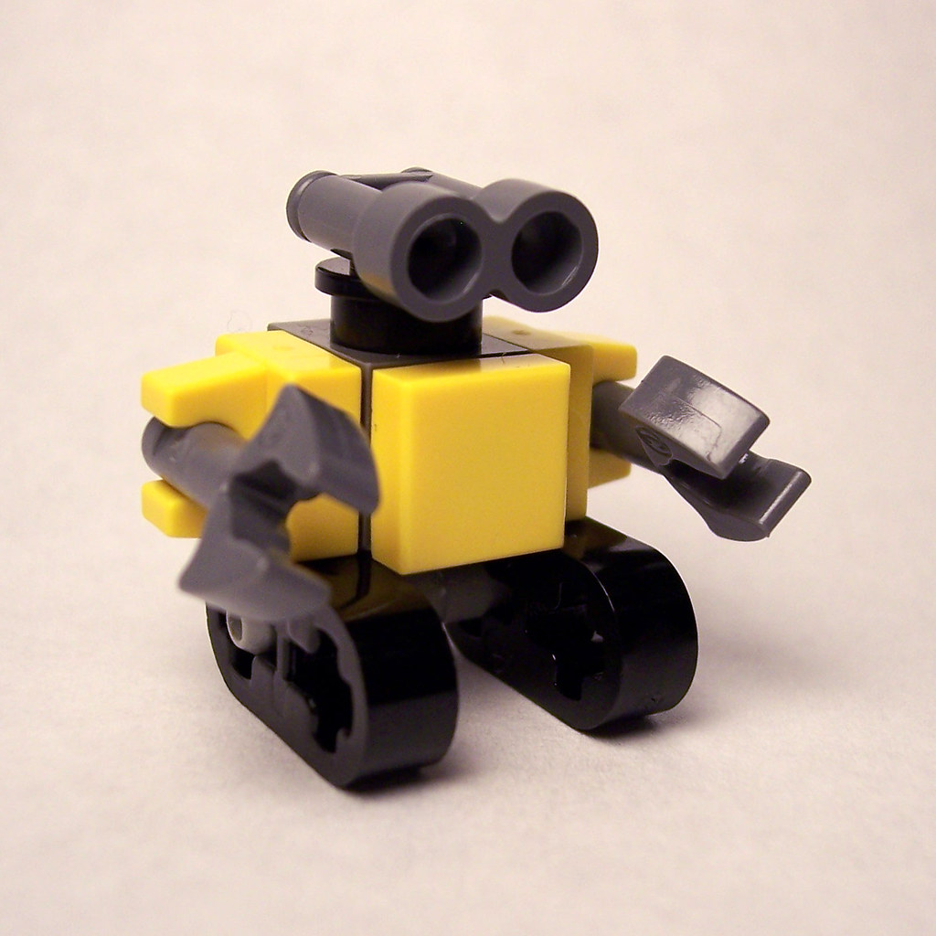 lego wall e a mini version of wall e out of lego using onl flickr. Black Bedroom Furniture Sets. Home Design Ideas