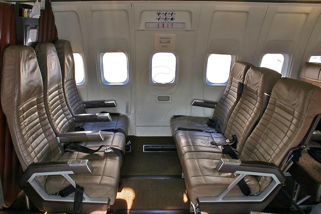 southwest airlines boeing 737 2h4 adv n95sw lounge flickr. Black Bedroom Furniture Sets. Home Design Ideas