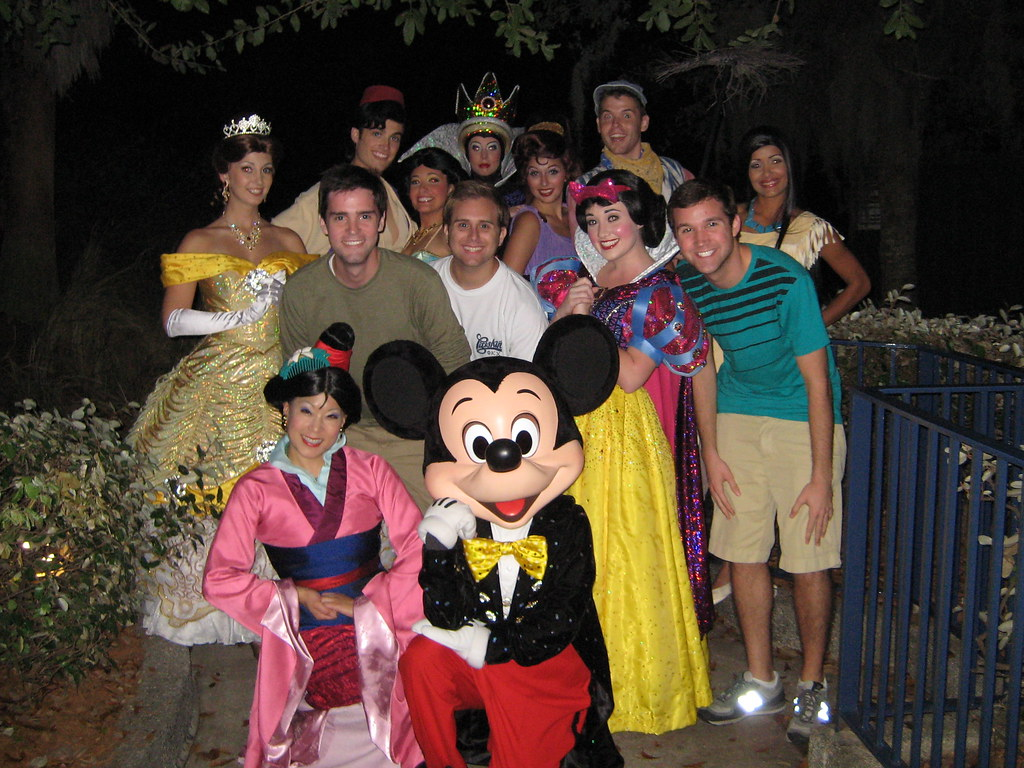 wdw fantasmic meet and greet