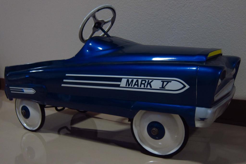 Pedal Toys For Boys : Toys for boys and girls mark v pedal car garton