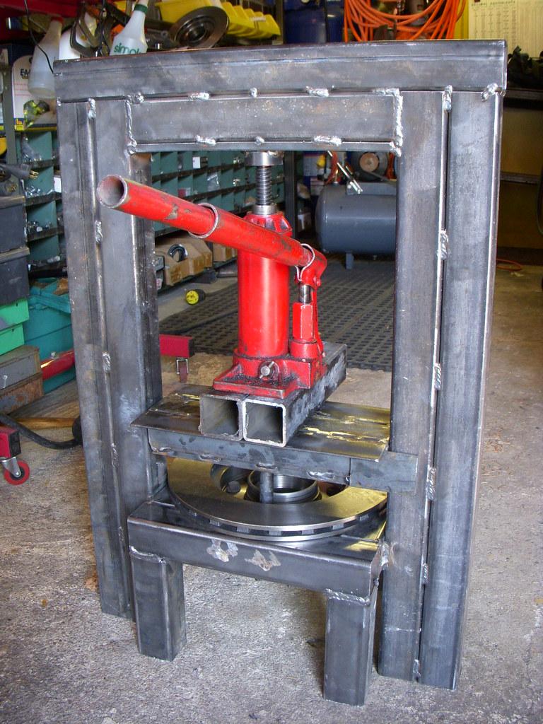 Homemade hydraulic press. | I had to build this homemade ...