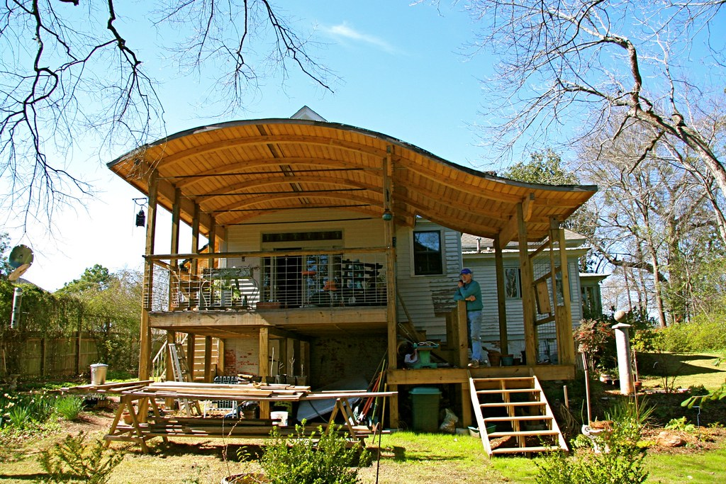 """Deck With """"s"""" Curve Roof"""