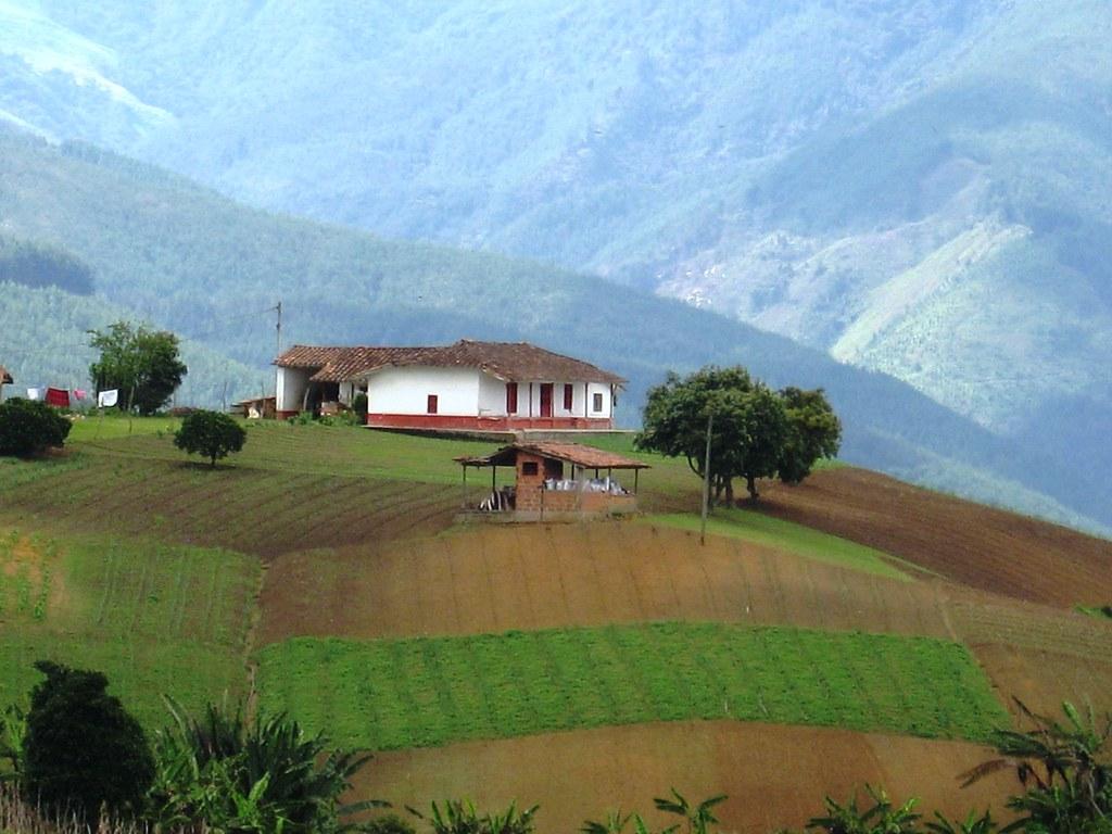 Casa campesina san antonio de prado medell n colombia for Casa colombia