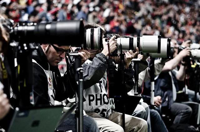 Resultado de imagen para FOTOGRAFOS FUTBOL ESTADIO