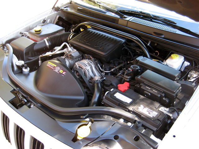 2006 Grand Cherokee Engine Compartment | 2006 Jeep WK ...
