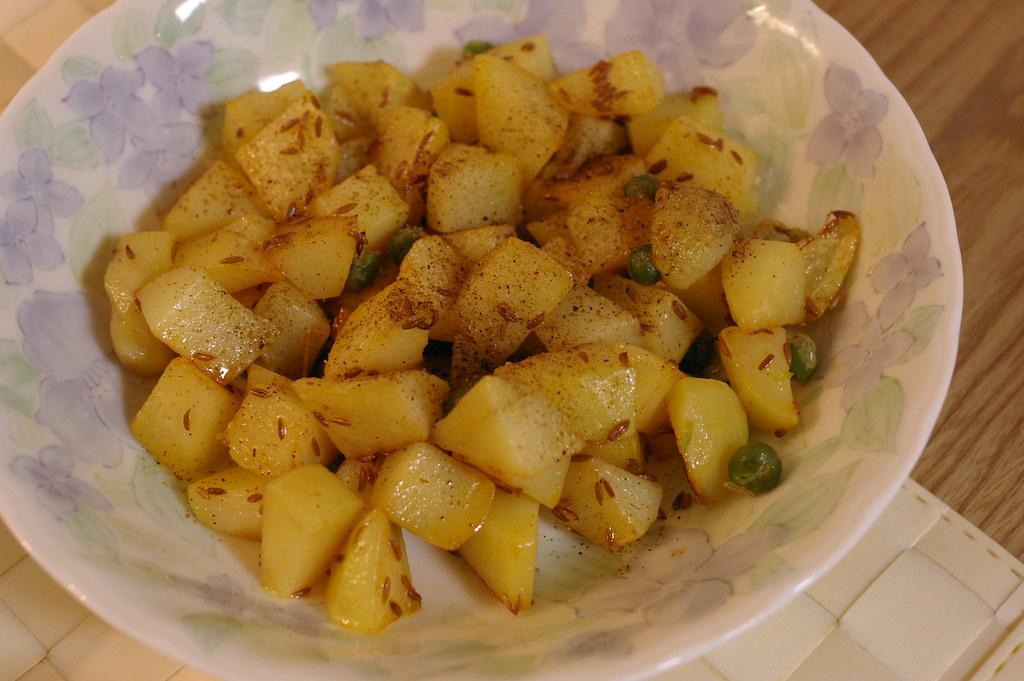 Stir-fried potato with cumin seeds | pelican | Flickr