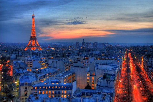 eiffel tower view from arc de triomphe paris france hd. Black Bedroom Furniture Sets. Home Design Ideas