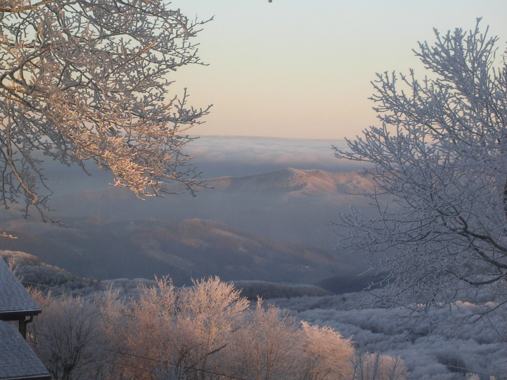 beech mountain snow report