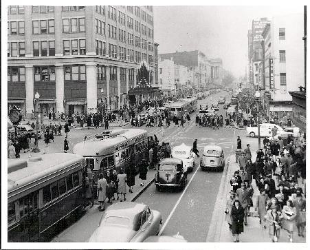 Looking East On F Street Nw In The 1940s Washington Dc