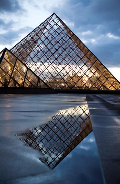 Paris musee du louvre pyramide de pei calinore flickr - Pyramide du louvre pei ...