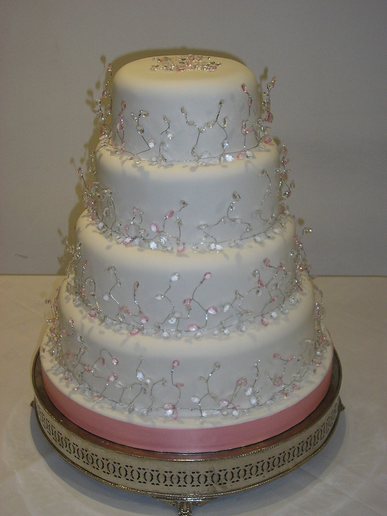 Diamond Wedding Cake Design Ideas