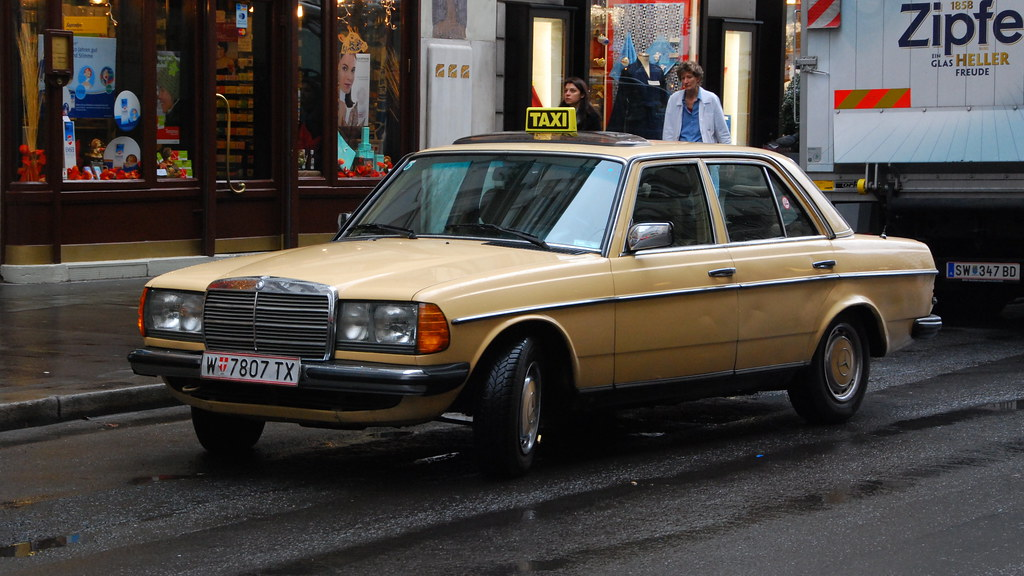 Mercedes-Benz W123 in Vienna: 240D as a taxi | The 240D ...