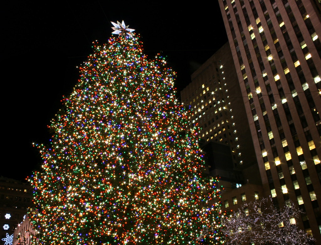 Rockefeller Center Christmas Tree In New York City Flickr