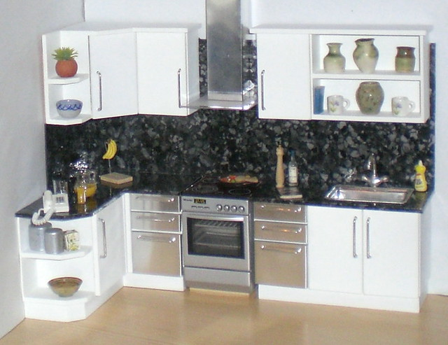 White Doll House Kitchen 1 12th I Ve Added A Matching