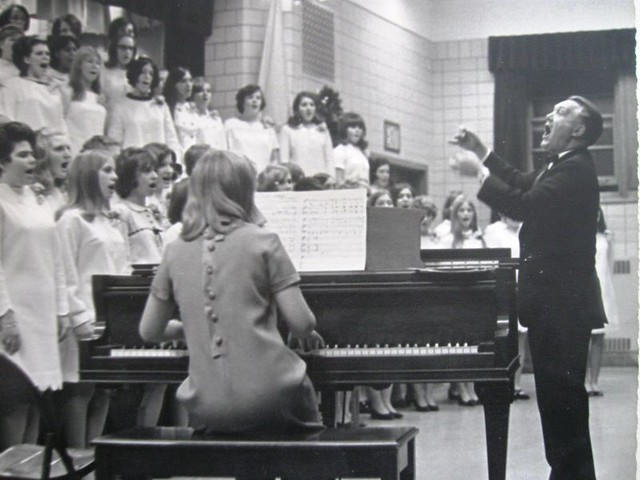 IMG_0363 | Henry Geiger and his choirs | Rand Gartman | Flickr
