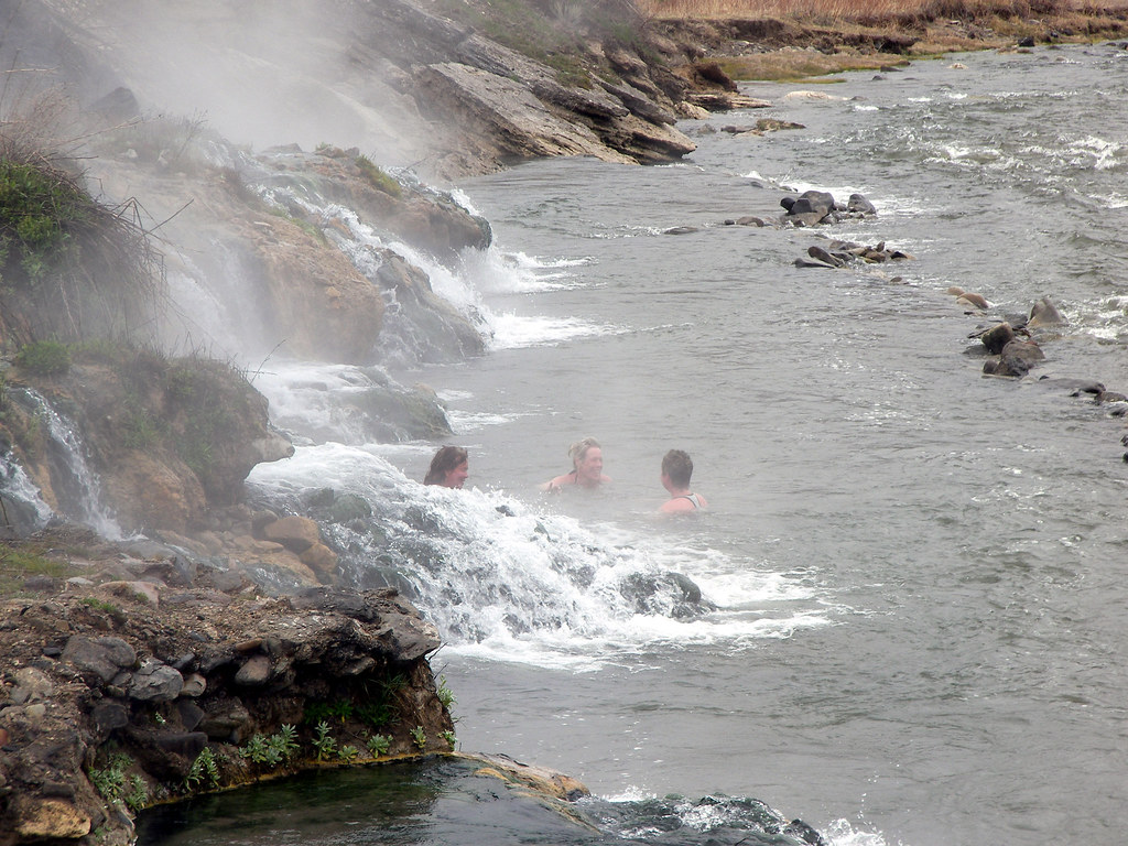yellowstone national park single mature ladies A total of 464 quakes have been recorded by the university of utah over the past week at yellowstone national park,  yellowstone supervolcano is hit by  women.