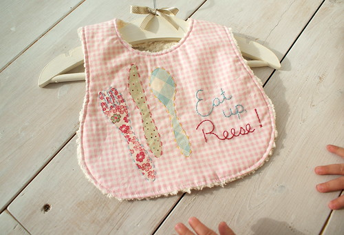 eat up baby bib | by nanaCompany