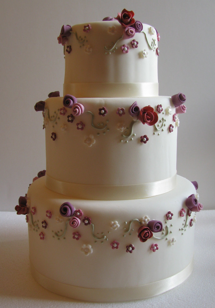 Pink Amp Mauve Wedding Cake Inspired By Peggy Porschen