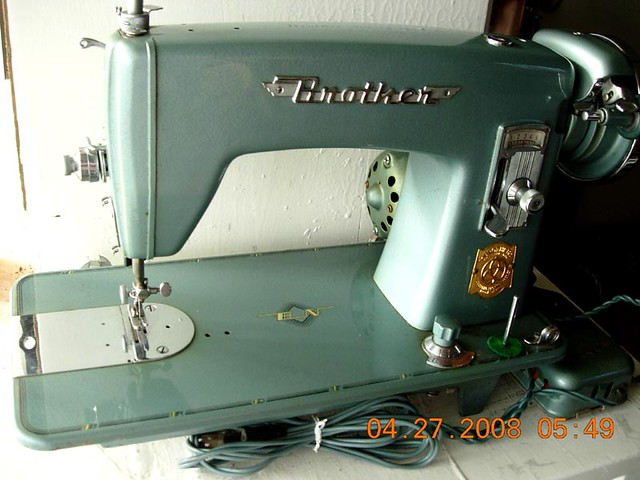 40 Beautiful Beautiful Old 40 Brother Windowmatic Sewi Flickr Delectable Matic Sewing Machine
