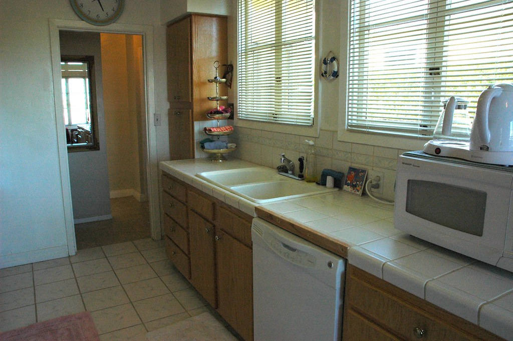 Double Sink Kitchen Countertop