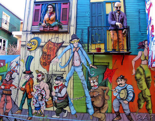 mural con esculturas mural with sculptures un mural