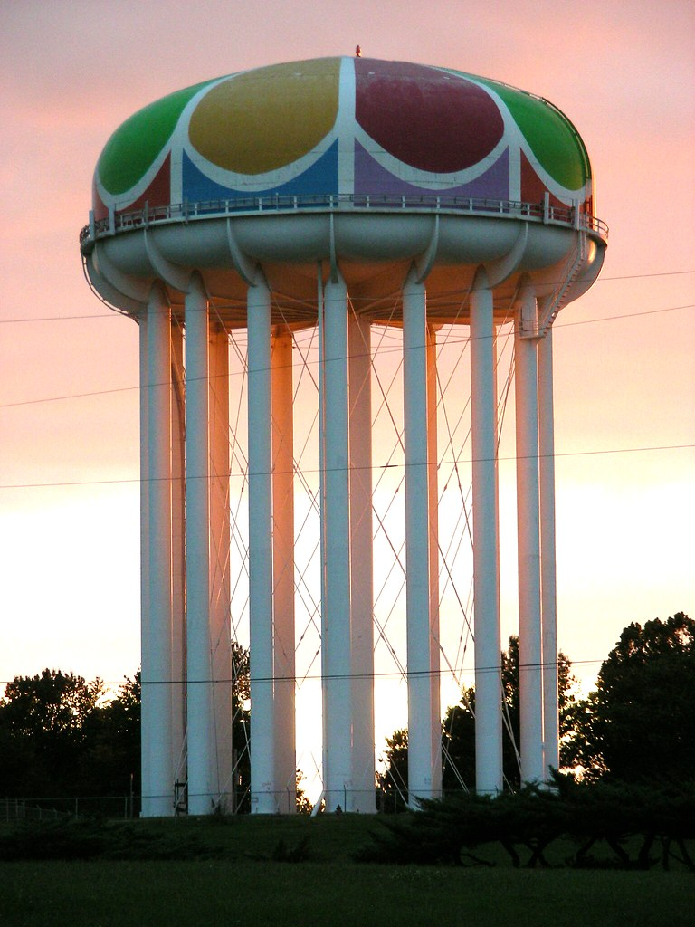 Worlds of Fun Water Tower at sunset | A true Kansas City ...