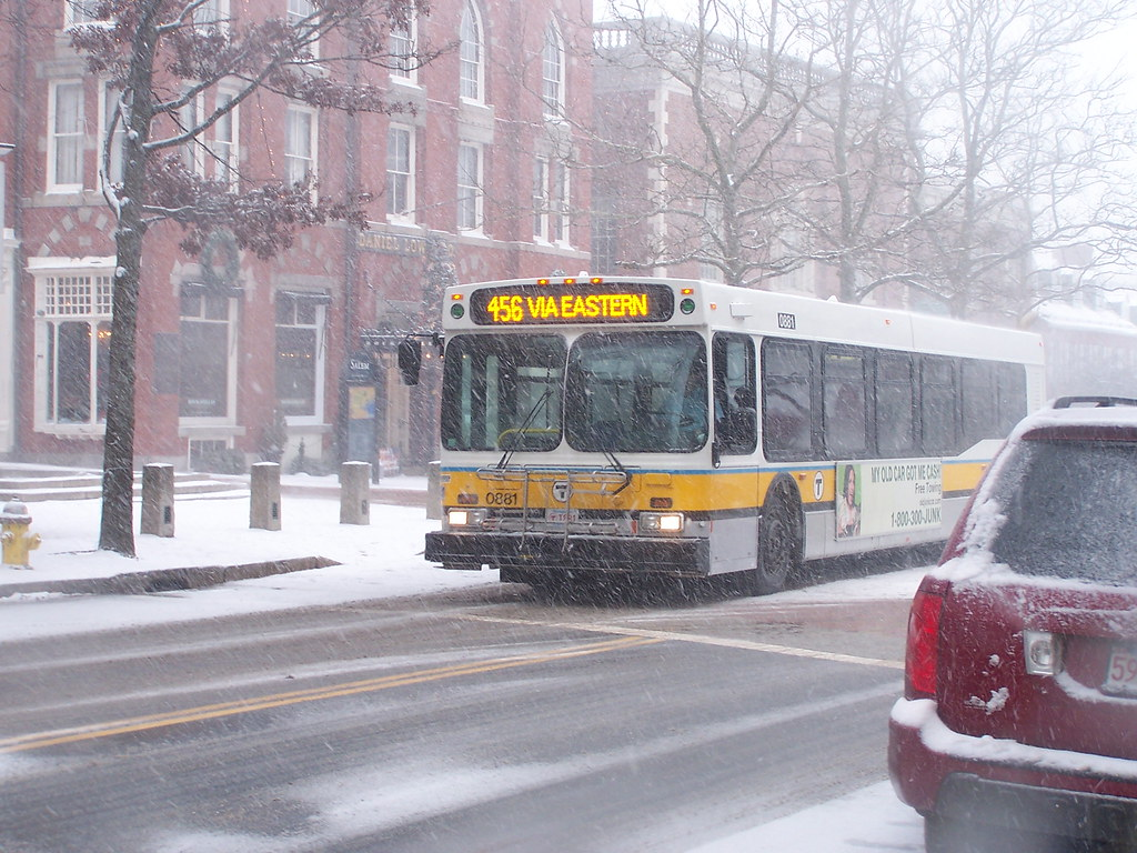 Mbta Bus Heads In Route 456 Bus Heads Back To Salem