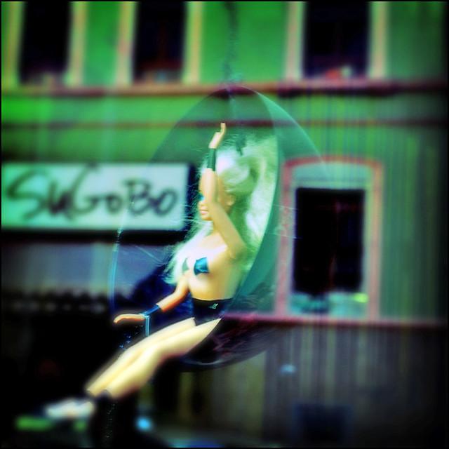 Viva Sugobo Schaufensterdeko Bei Einem Friseur Straybullet Flickr