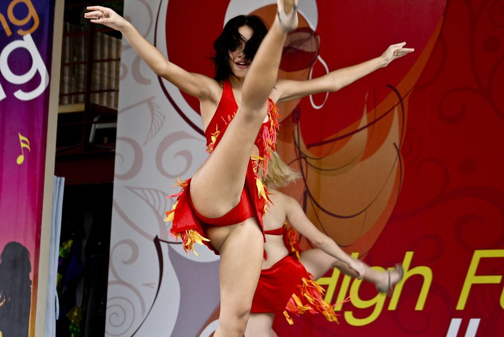 фото эротические танцы скачать