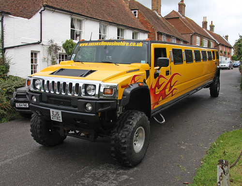 Hummer limo | by exfordy