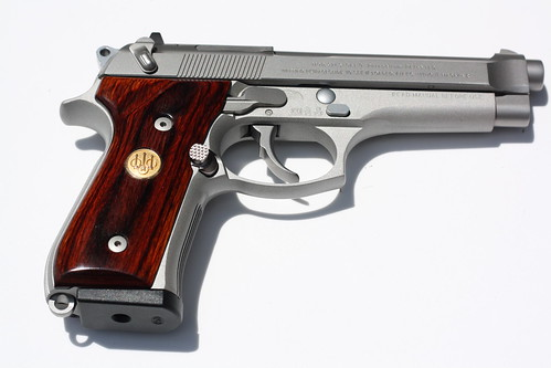 ARMSLIST - For Sale: Beretta 92FS Inox (1992 near mint condition)