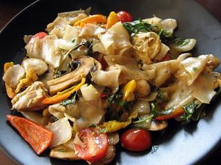 Drunken Noodles Ronin Sushi Cafe In Lakeville Mn Bill