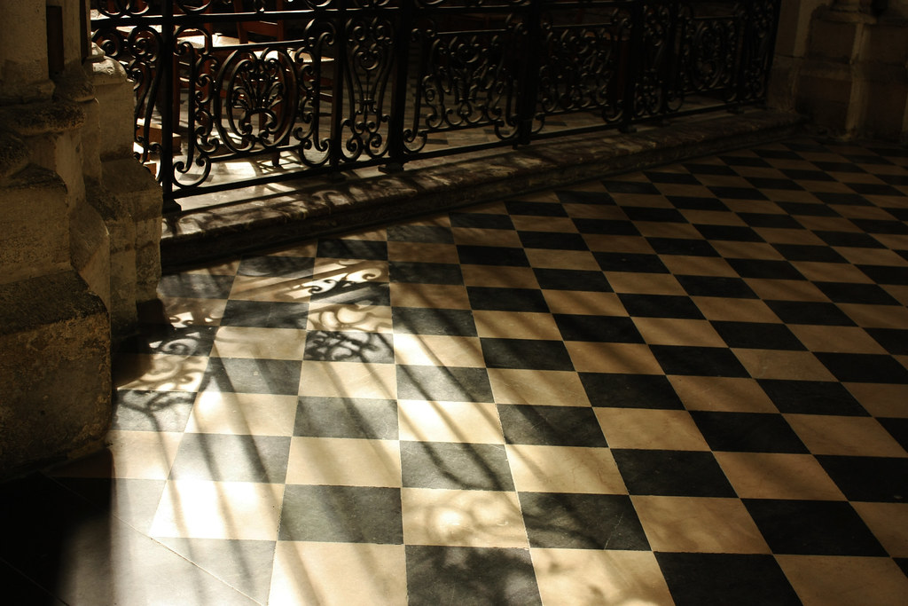 Shadows and chessboard