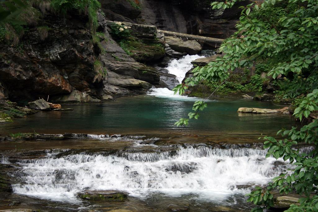 Cascata piumogna laghetto a monte alessandro mariani for Cascata laghetto