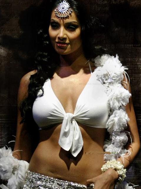 Sexy Bangla Actress Bipasha  Hot-Indian-Actress-Videos