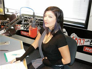 cyn at 107 7 radio studio cyn lead singer of resistant m flickr. Black Bedroom Furniture Sets. Home Design Ideas
